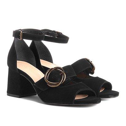 Sandália Couro Shoestock Salto Grosso Fivela Feminina