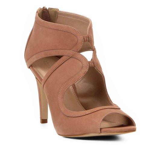 dbfaba87a6 Sandália Shoestock Salto Fino Nobuck Feminina - Marrom Claro