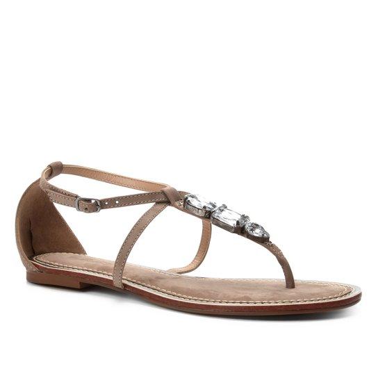 d0149825ac Rasteira Couro Shoestock Tira Pedras - Bege   Shoestock