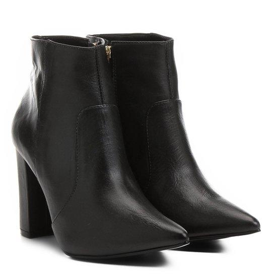 a3b0465cd Bota Couro Shoestock Curta Bico Fino Salto Grosso Feminina - Compre ...