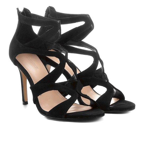 bce04403a Sandália Couro Shoestock Salto Fino Festa Recortes Feminina - Preto ...