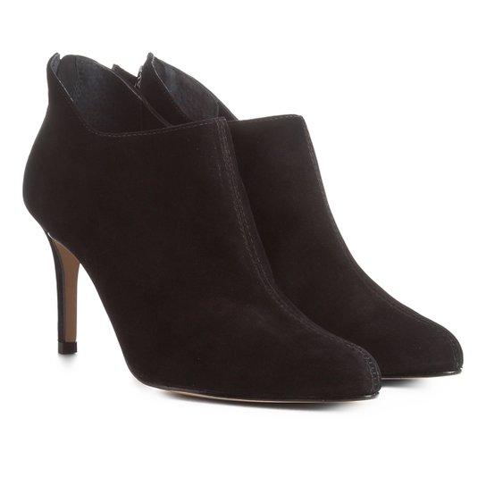 4202b046d Bota Couro Cano Curto Shoestock Ondas Salto Alto Feminina - Preto ...
