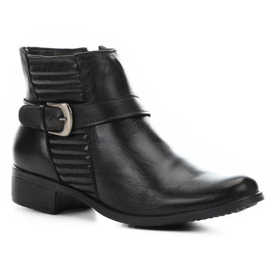 8f6627ce0 Bota Couro Cano Curto Shoestock Matelassê Feminina - Preto | Shoestock