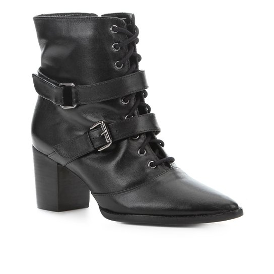 db080b427 Bota Cano Curto Couro Shoestock Fivelas Feminina - Preto - Compre ...