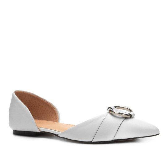 6a9f220a2f Sapatilha Couro Shoestock Bico Fino Argola Feminina - Branco