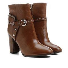 46f0ee4511 Bota Couro Shoestock Cano Curto Salto Alto Detalhe Selaria Feminina