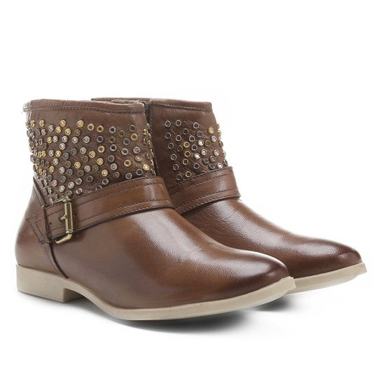 42005a1719 Bota Couro Biker Shoestock Tachas Feminina - Caramelo - Compre Agora ...