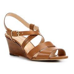 bde4b81bd6 Sandália Anabela Couro Shoestock Baixa Feminina
