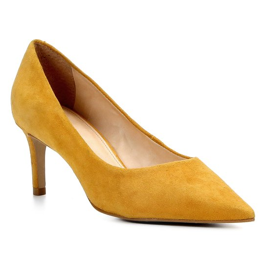 40272341d5 Scarpin Shoestock Salto Médio Camurça - Amarelo