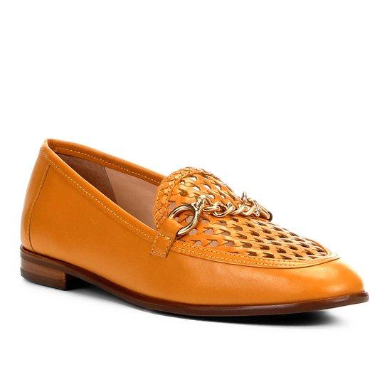 1307b8c7b2 Mocassim Couro Shoestock Tressê Feminino - Mostarda - Compre Agora ...