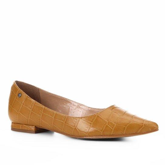 13d66f4fd9 Sapatilha Couro Shoestock Croco Bico Fino Feminina - Mostarda ...