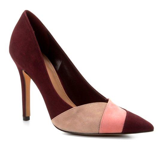 a890a2aaf4 Scarpin Couro Shoestock Salto Alto Nobuck Recortes - Vinho