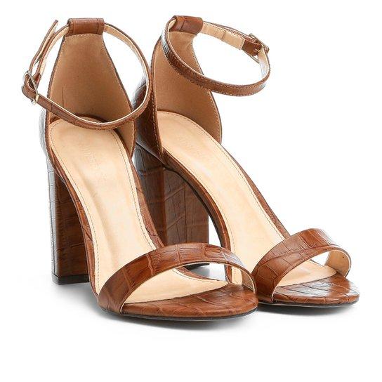d0264c32ca Sandália Couro Shoestock Salto Grosso Feminina - Marrom