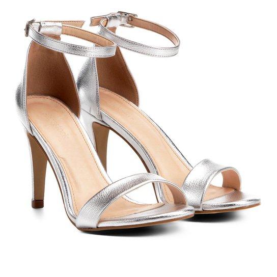 f22aa7cb1 Sandália Couro Shoestock Salto Fino Naked Feminina - Prata | Shoestock