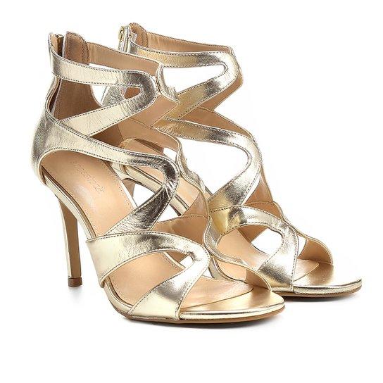 c04fc172c Sandália Couro Shoestock Salto Fino Festa Recortes Feminina - Dourado