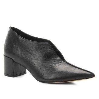 Ankle Boot Couro Shoestock Salto Bloco Recortes