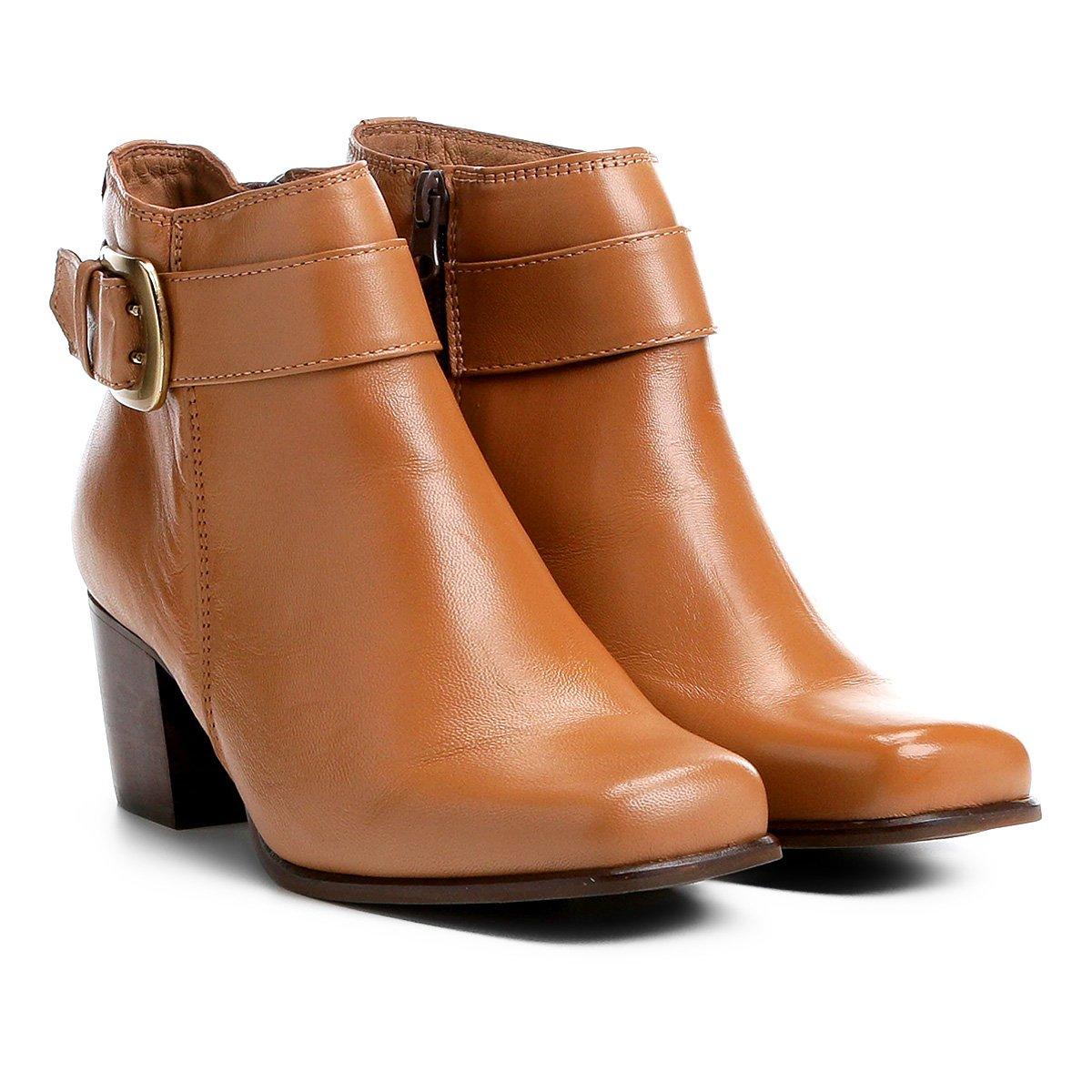 4ea3b0266 Bota Couro Cano Curto Shoestock Bico Quadrado Fivela Feminina - Compre  Agora