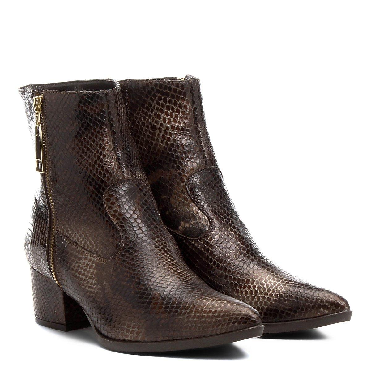 60f6e2c1f7 Bota Couro Cano Curto Shoestock Cobra Feminina