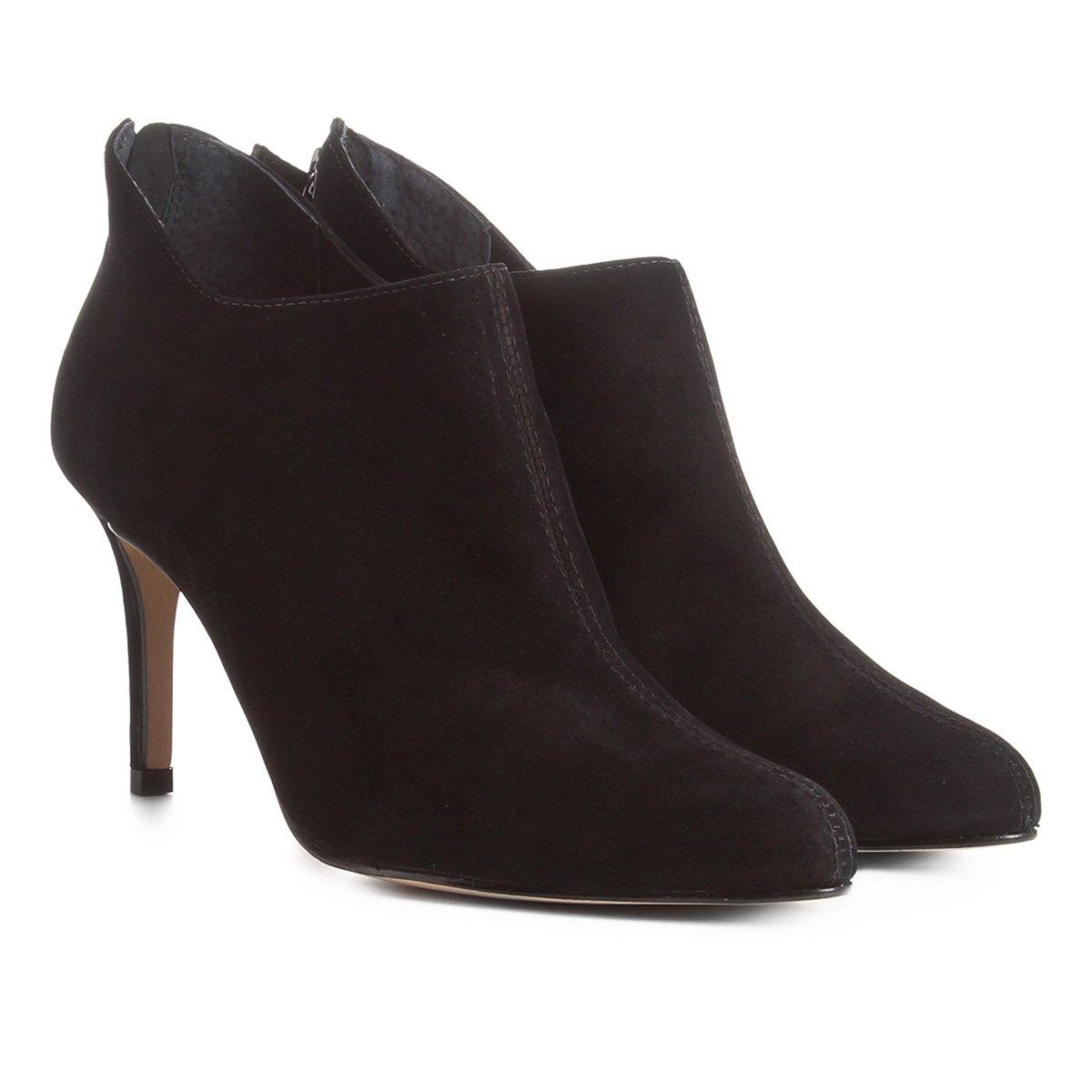 dfc4c845b2 Bota Couro Cano Curto Shoestock Ondas Salto Alto Feminina - Preto |  Shoestock