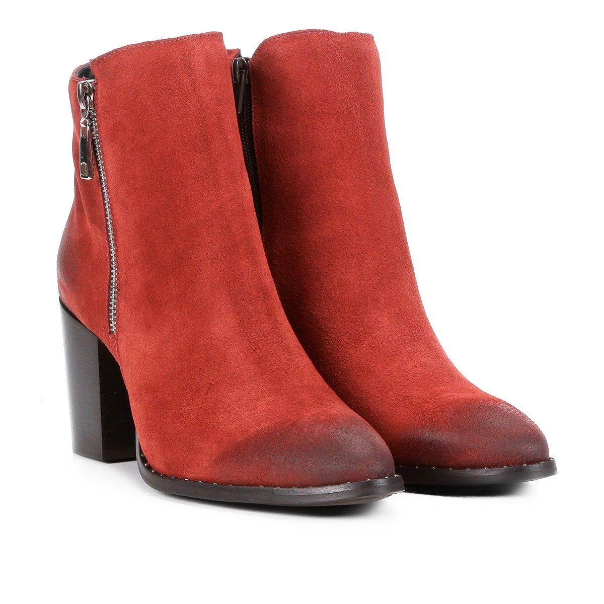 a330c6349 Bota Couro Cano Curto Shoestock Salto Bloco Feminina - Laranja Escuro -  Compre Agora