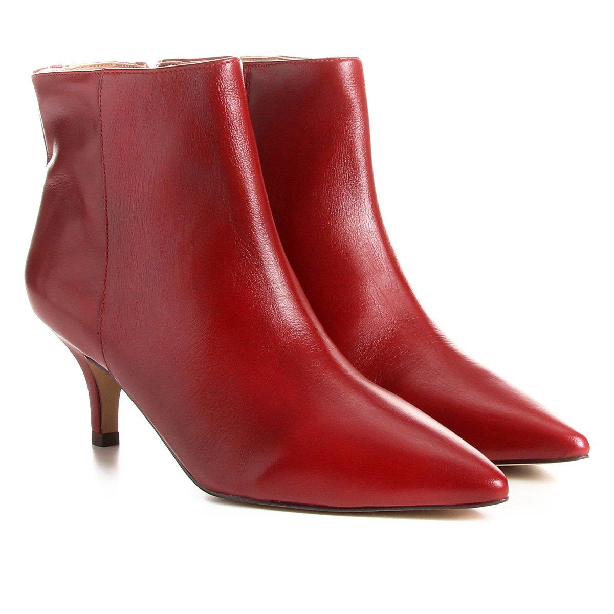 f42e14d10a Bota Couro Cano Curto Shoestock Salto Curto Feminina - Vermelho ...