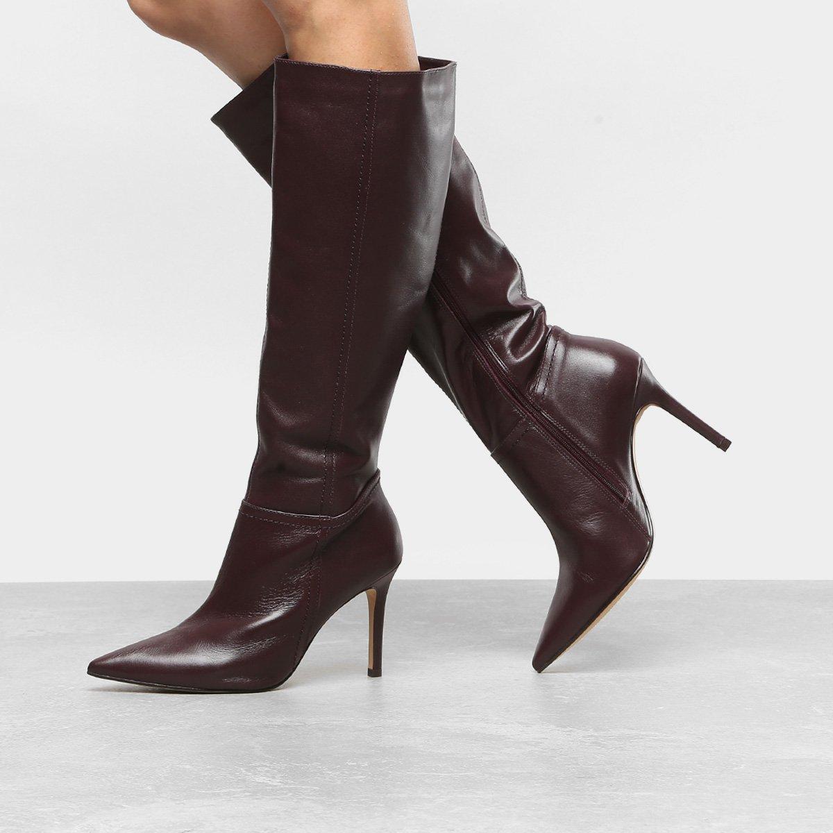 8e019f2b80 Bota Couro Cano Longo Shoestock Salto Fino Feminina - Vinho | Shoestock