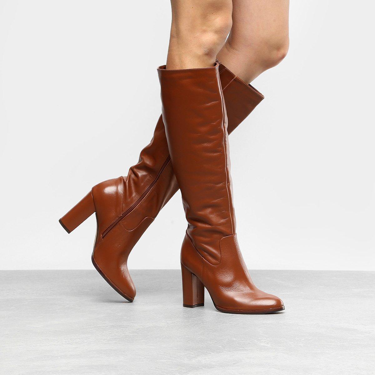 30ec05765c Bota Couro Cano Longo Shoestock Salto Grosso Feminina - Marrom | Shoestock