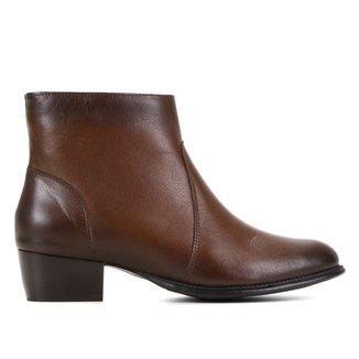 Bota Couro Cano Médio Shoestock Basic Salto Baixo Feminina