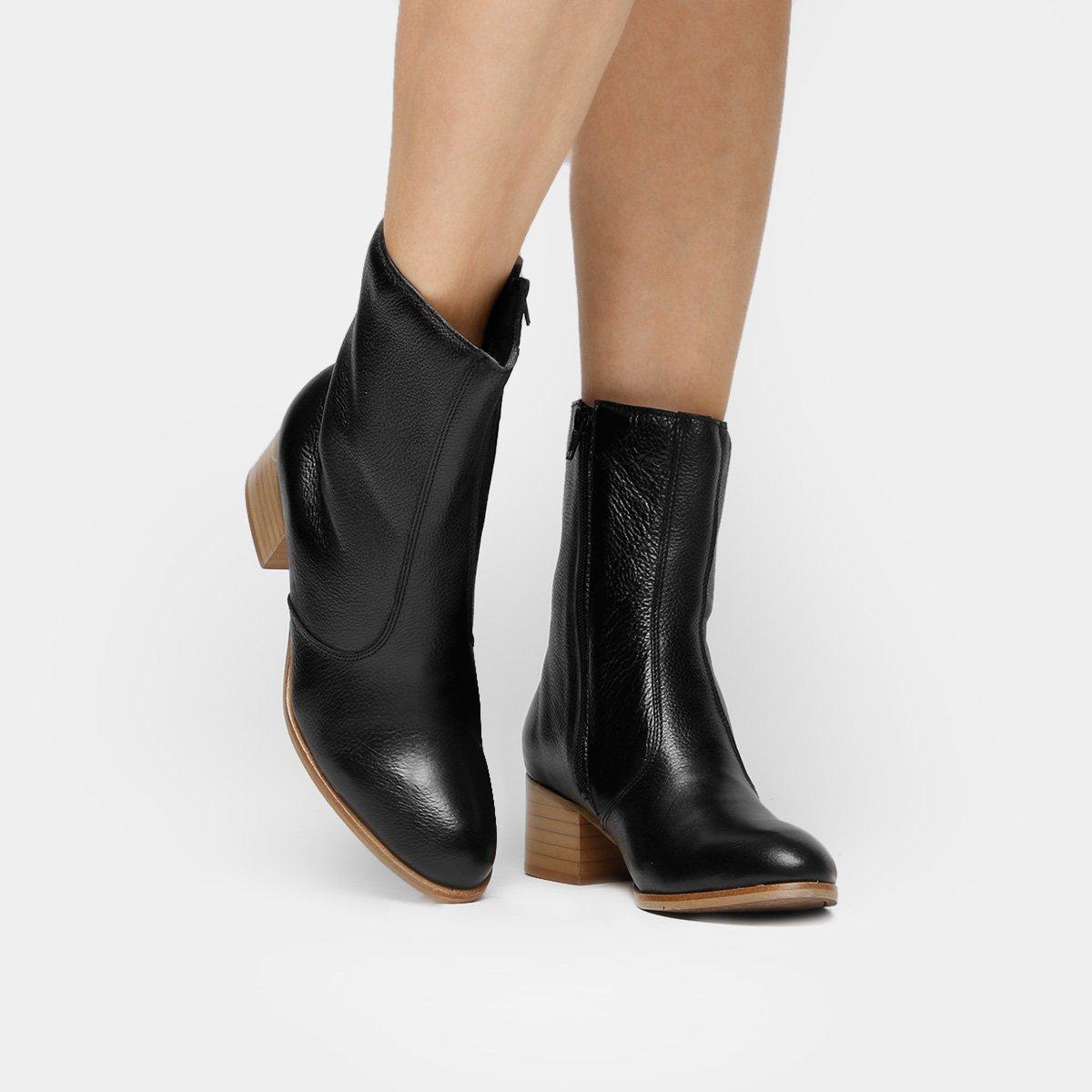 b611d217b Bota Couro Cano Médio Shoestock Salto Bloco - Preto - Compre Agora ...