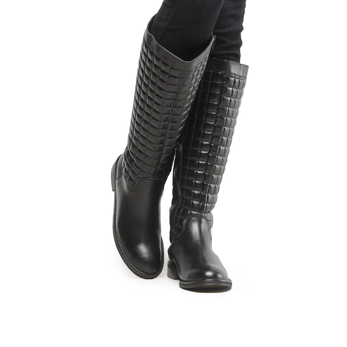 1cc844450 Bota Couro Montaria Shoestock Matelassê Feminina - Preto - Compre Agora