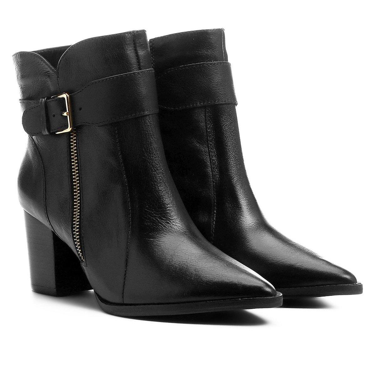 9963615c0 Bota Couro Shoestock Cano Curto Bico Fino Feminina - Preto - Compre Agora
