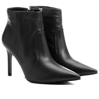 Bota Couro Shoestock Curta Salto Fino Feminina