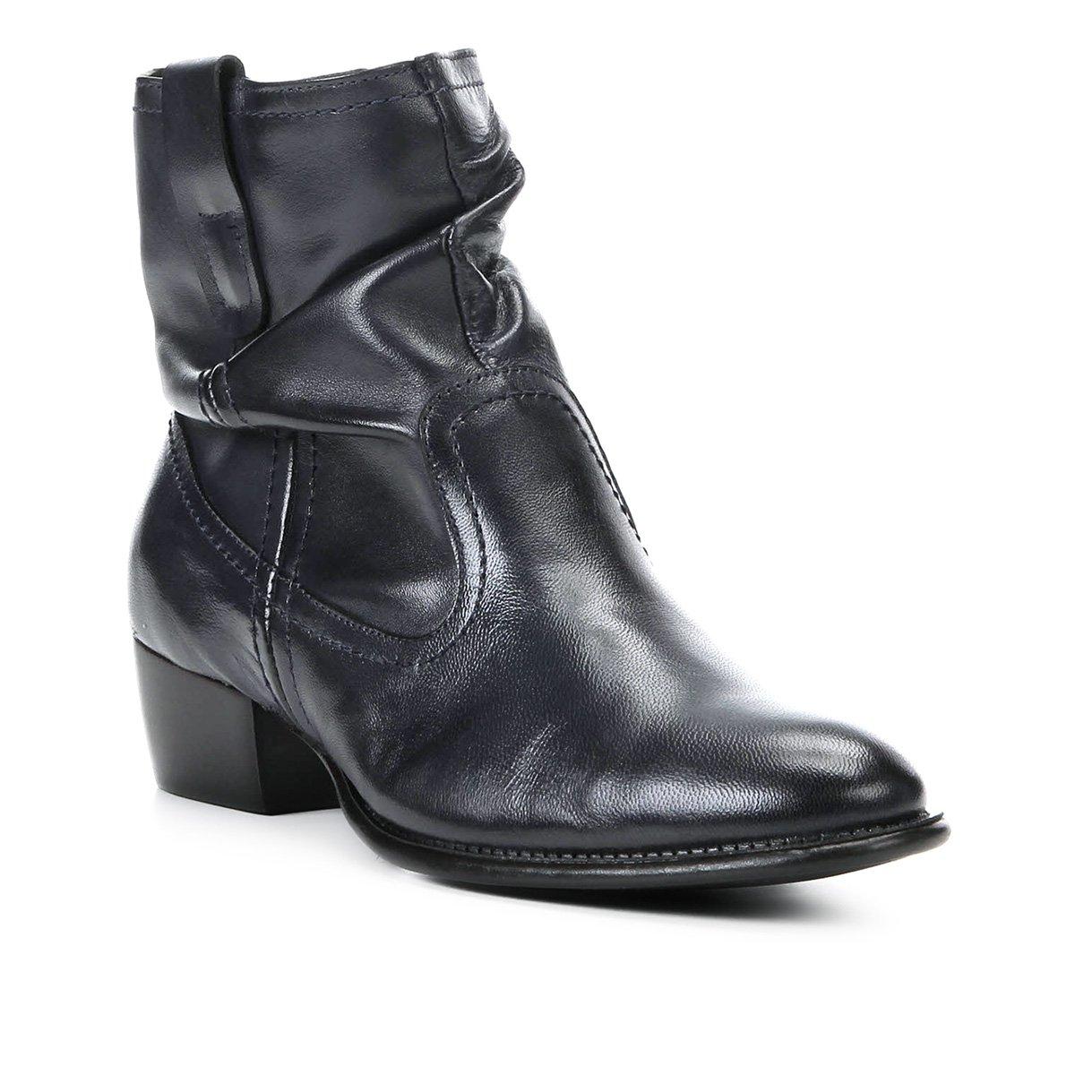 d7264a88f Bota Slouch Shoestock Couro Cano Curto Feminina - Marinho | Shoestock