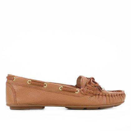 Mocassim Couro Shoestock Comfy Ilhós Feminino