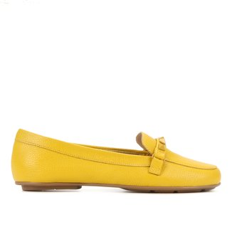 Mocassim Couro Shoestock Comfy Rebites Feminino