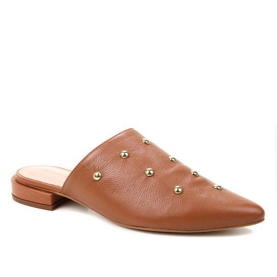 Mule Couro Shoestock Salto Baixo Cravos Metal - Caramelo