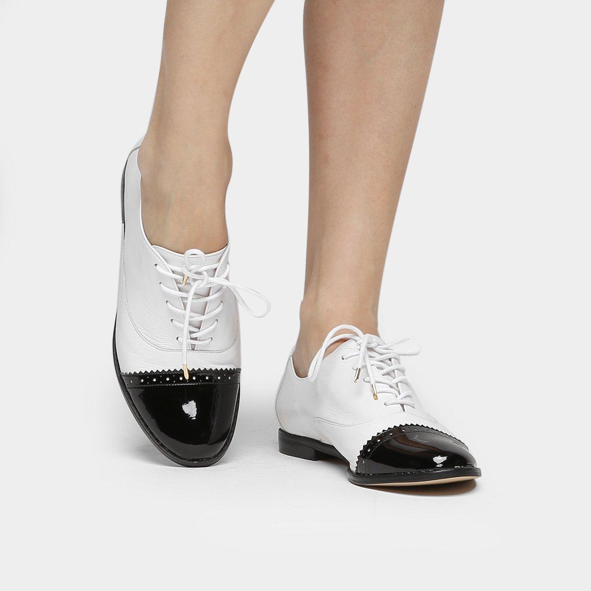 7bcc0da167 Oxford Couro Shoestock Brogues Bicolor Feminino - Compre Agora ...