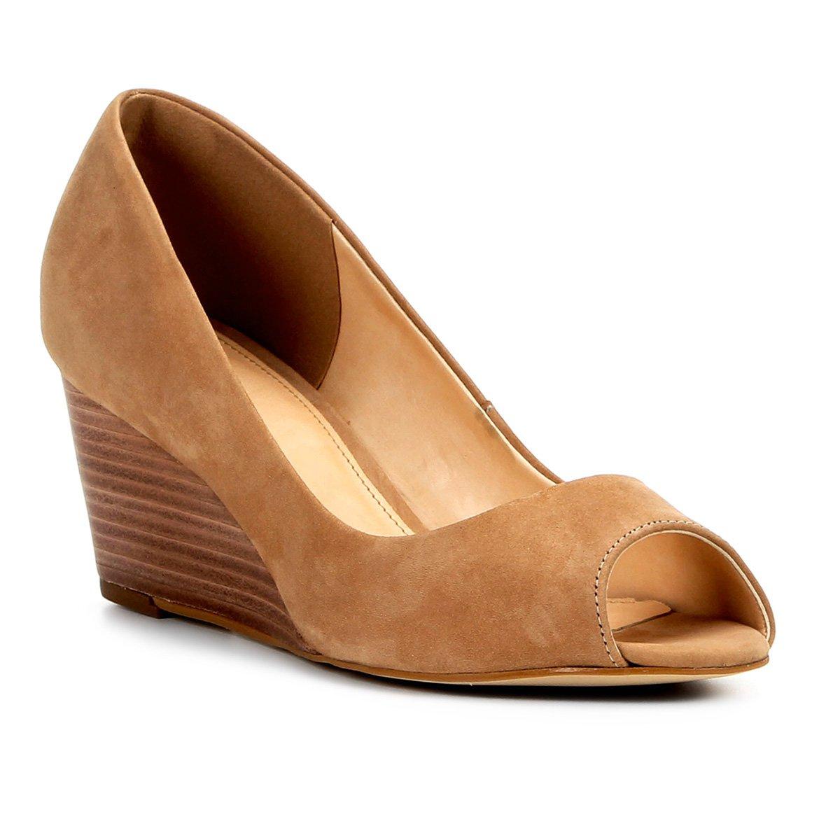 82925758f5b Peep Toe Couro Shoestock Anabela Básico Fachete - Marrom Claro - Compre  Agora