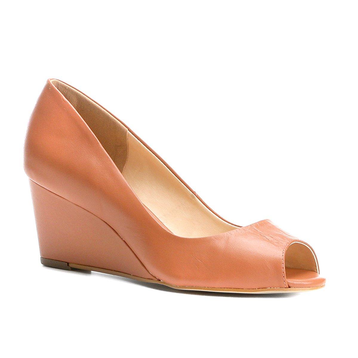 9ce89391ee2 Peep Toe Couro Shoestock Anabela - Marrom - Compre Agora