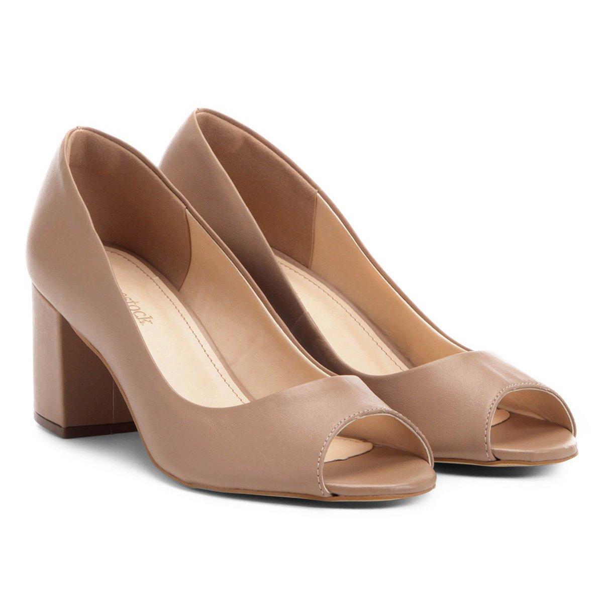 3d41bee66 Peep Toe Couro Shoestock Salto Grosso - Compre Agora