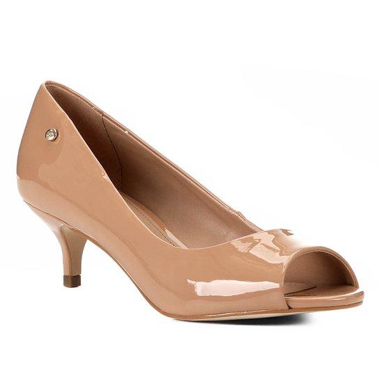 Peep Toe Shoestock Salto Baixo Verniz Naked - Noz