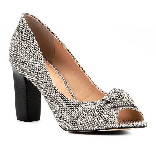 Peep Toe Shoestock Salto Grosso Nó - Off White+Preto