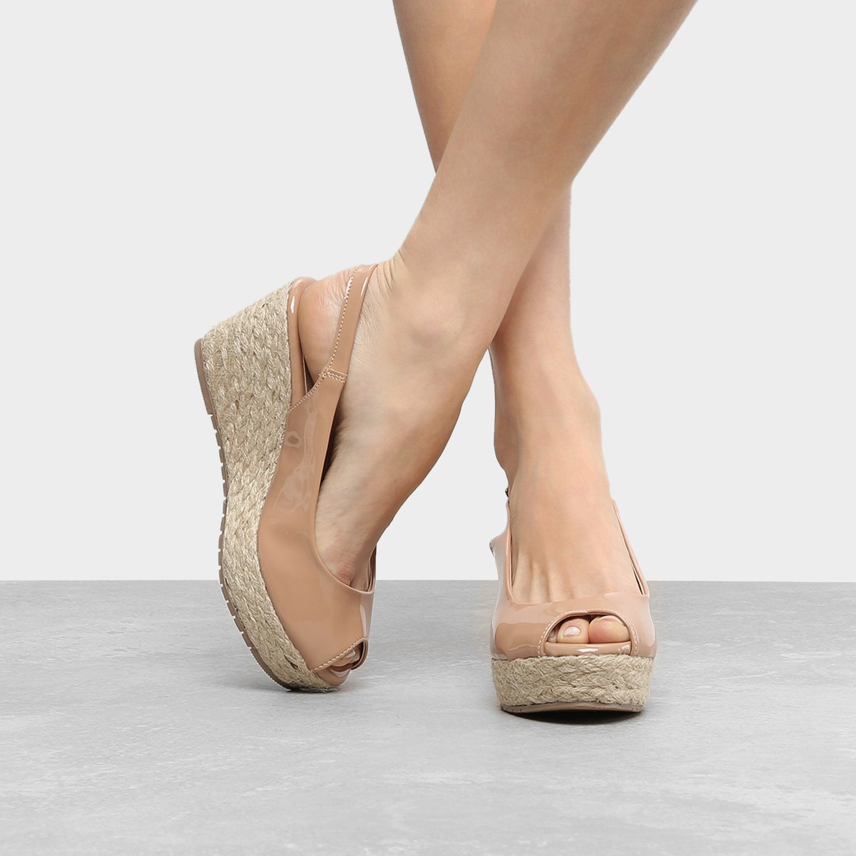 c69ec19c850f0 Sandália Anabela Shoestock Verniz Feminina | Shoestock