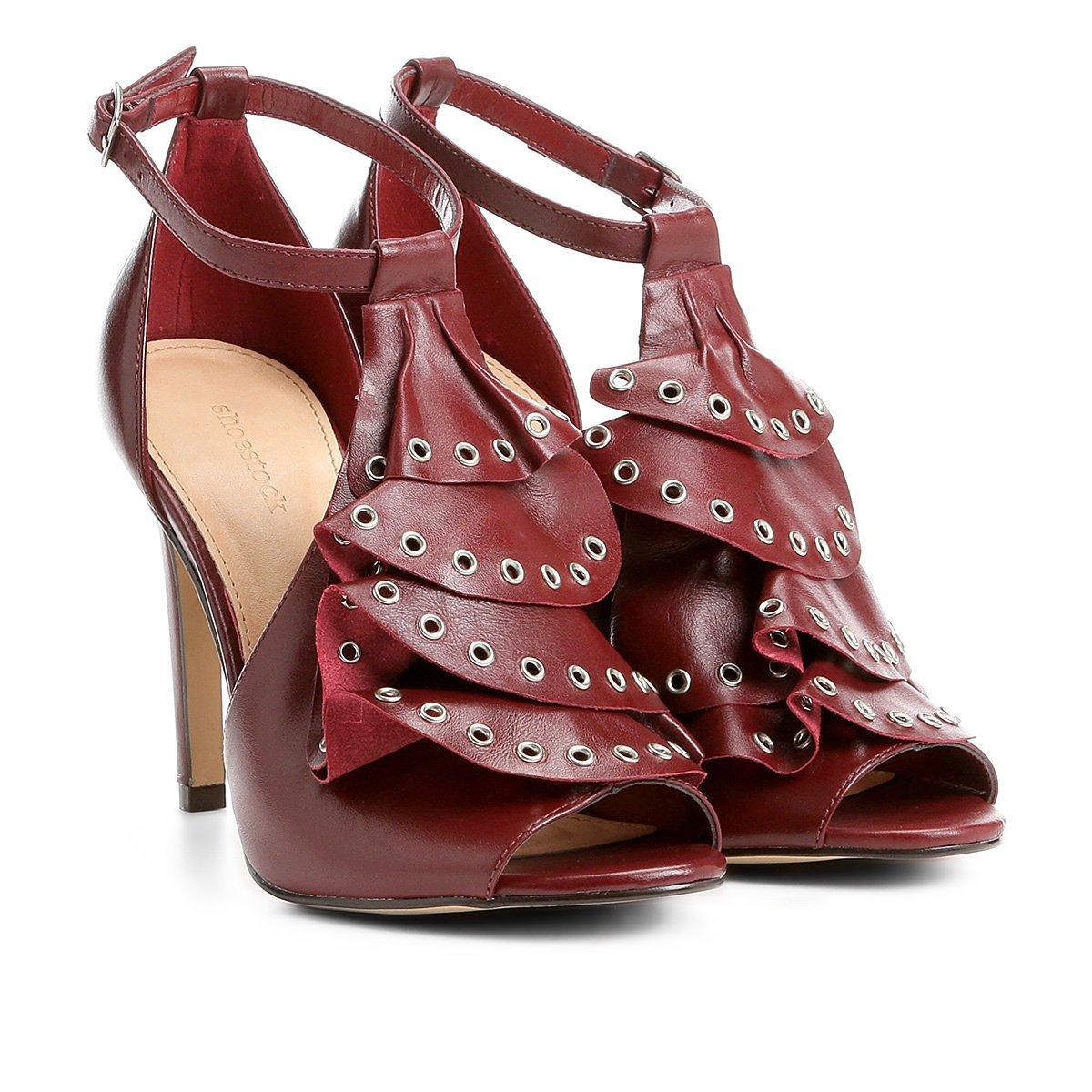 5d74d55850 Sandália Couro Shoestock Babados Rocker Feminina