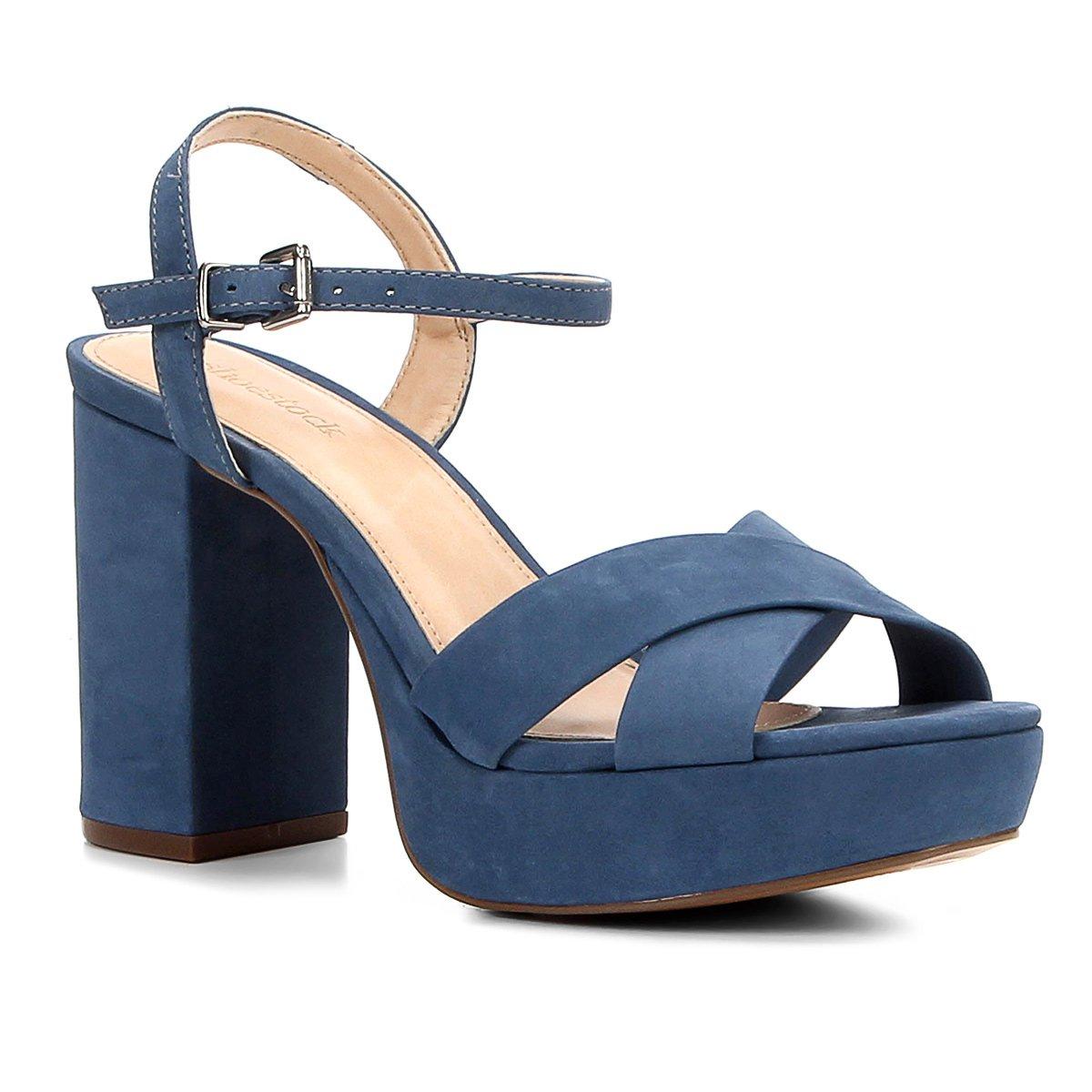 a6b4636d3 Sandália Couro Shoestock Meia Pata Tiras Cruzadas Feminina - Azul |  Shoestock