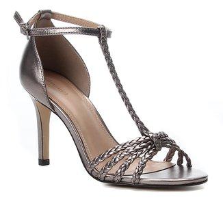 Sandália Couro Shoestock Metalizada Trançada Salto Alto Feminina