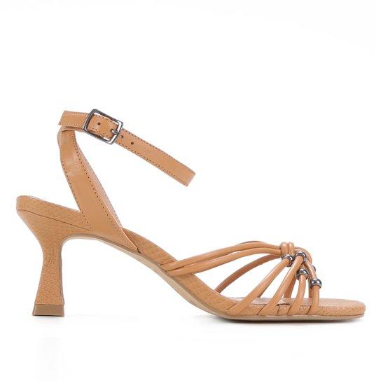 Sandália Couro Shoestock Miçangas Salto Médio Feminina - Marrom Claro