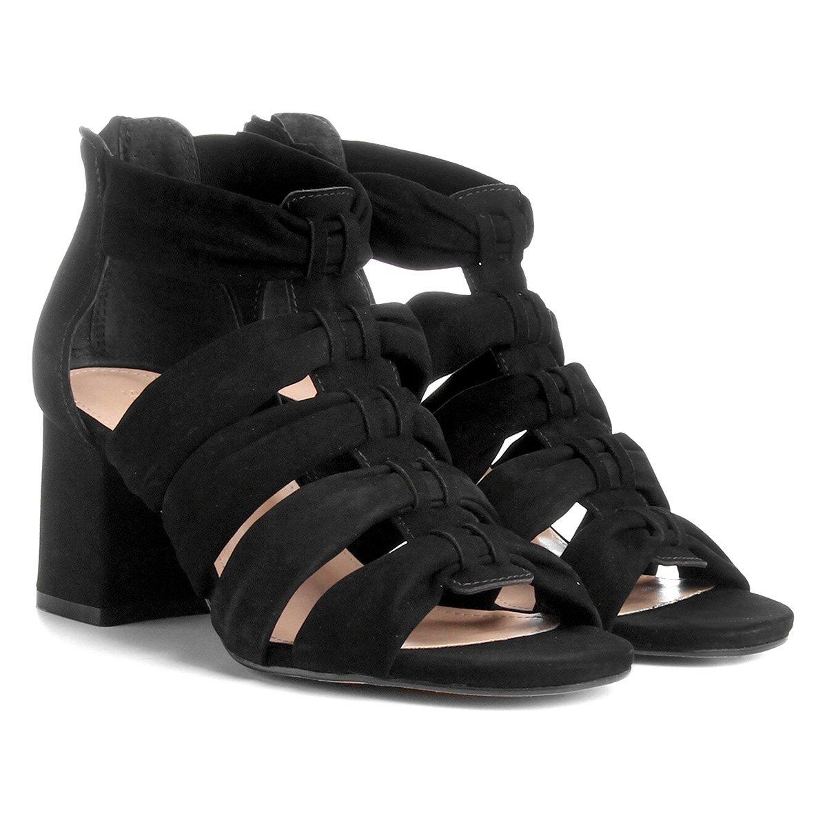 3e69c58b4b Sandália Couro Shoestock Salto Grosso Faixas Feminina - Preto ...