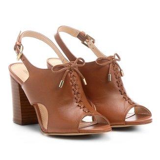 Sandália Couro Shoestock Salto Grosso Trançada Feminina
