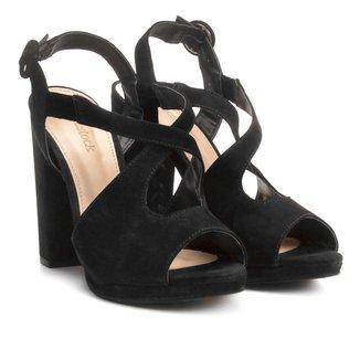 Sandália Couro Shoestock Salto Grosso Vazada Feminina